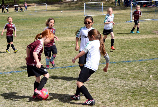 RRSC-Youth-Teams-Playing-Girls