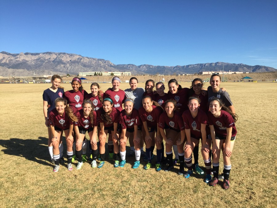 Rio Rapids 01G (plus a few guest players) and Seattle Reign Head Coach Laura Harvey